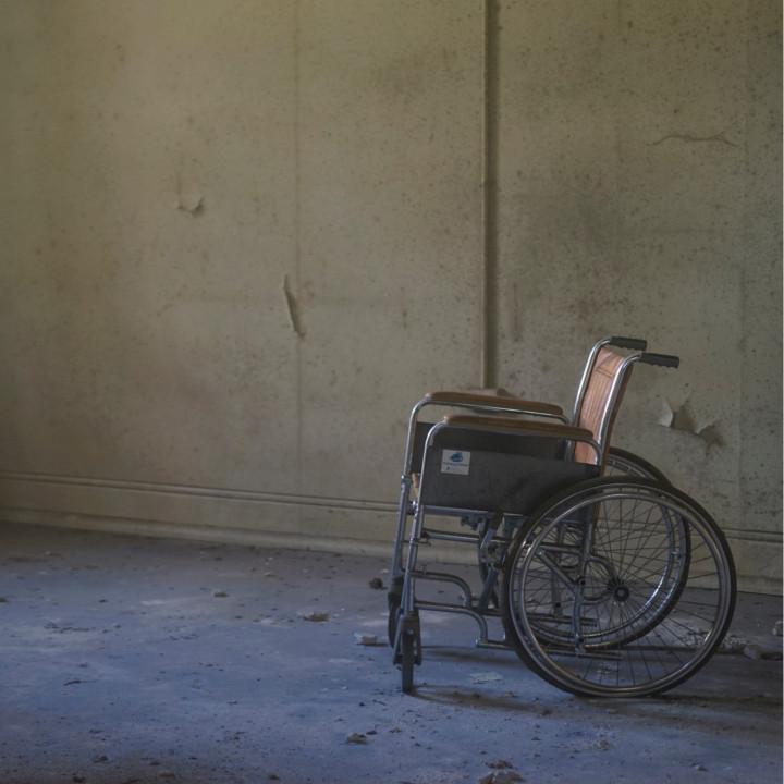 人材不足の介護業界